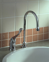Delta Commercial HDF (R) Series Single Handle Utility Faucet Chrome
