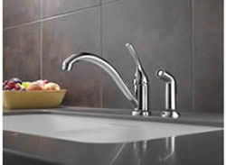 Delta Classic Single Handle Kitchen Faucet With Spray Feature