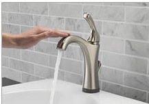 Delta Lavatory Faucets�with Touch2O Technology