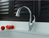 Delta Addison Pull-down� Kitchen Faucets