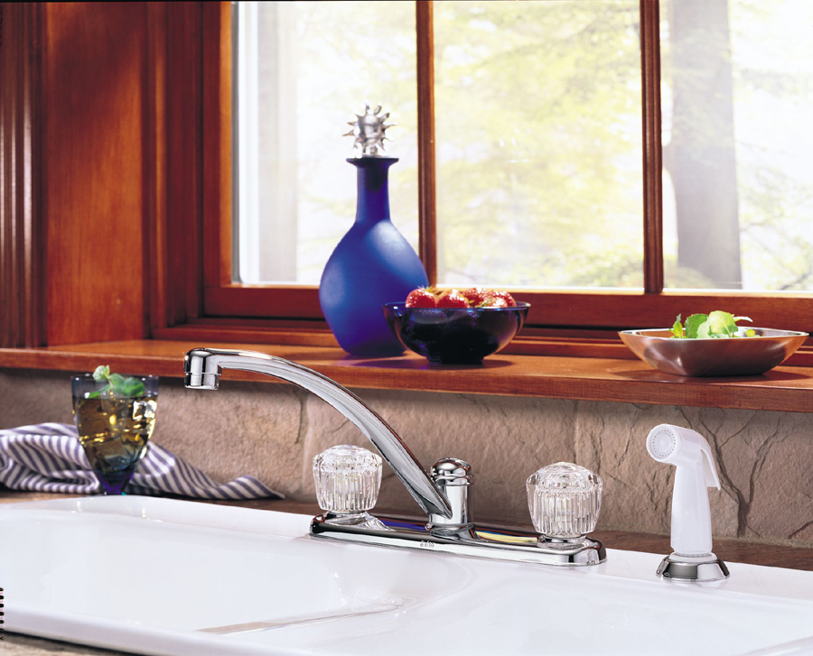 Delta 2402LF Classic Two Handle Kitchen Faucet