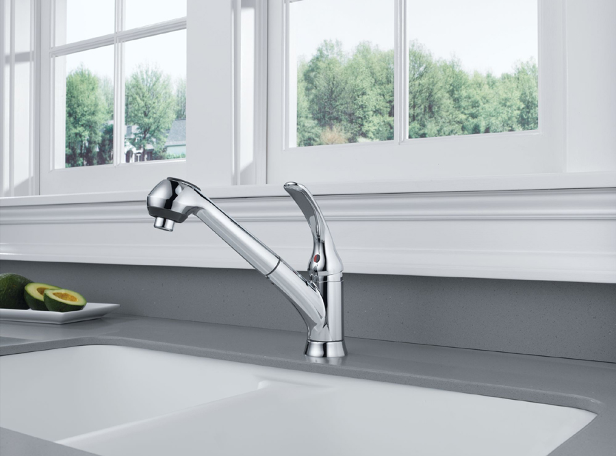 Delta B4310LF Foundations Core-B Single Handle Pull Out Kitchen Faucet