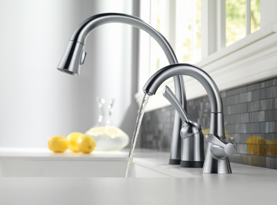Delta 1977-AR-DST Transitional Single Handle Beverage Faucet