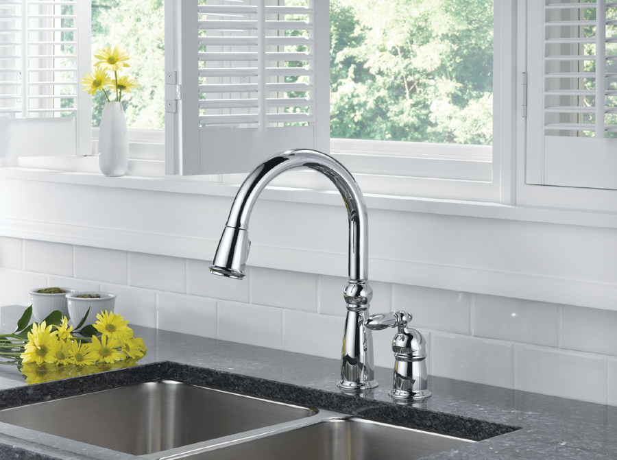 Delta 955-DST Victorian Single Handle Pull-Down Kitchen Faucet with DIAMOND Seal Technology