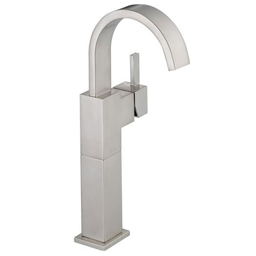 Delta 753LF-SS Vero Single Handle Centerset Lavatory Faucet with Riser, Less Pop-Up - Brilliance Stainless