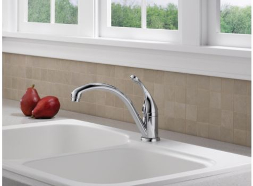 Delta 141-DST Collins Single Handle/Hole Kitchen Faucet with DIAMOND(TM) Seal Technology Chrome