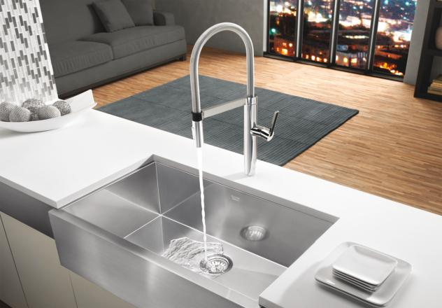 Blanco 441331 Culina Semi Pro Kitchen Faucet   Chrome. Retail Price: $845.00