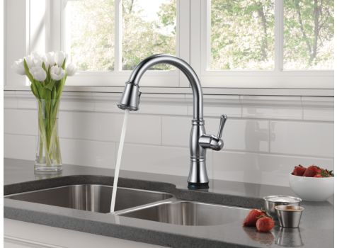Delta 9197T-Ar-Dst Cassidy Single Handle Pull Down Kitchen Faucet
