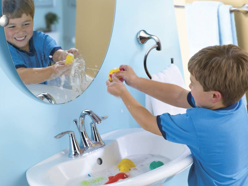 Moen 6410 Eva Two Handle Centerset Lavatory Faucet Chrome ...