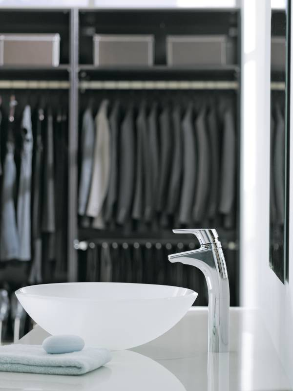 Moen 6810 Method Single Handle Low Arc Bathroom Faucet