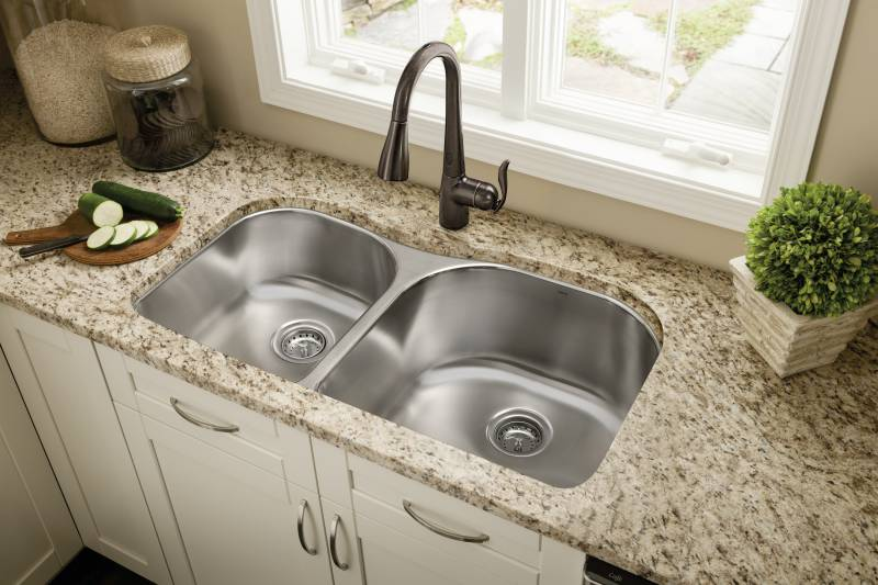 Moen 7594EORB Arbor Single Handle/Hole Pull-Down Kitchen Faucet with ...