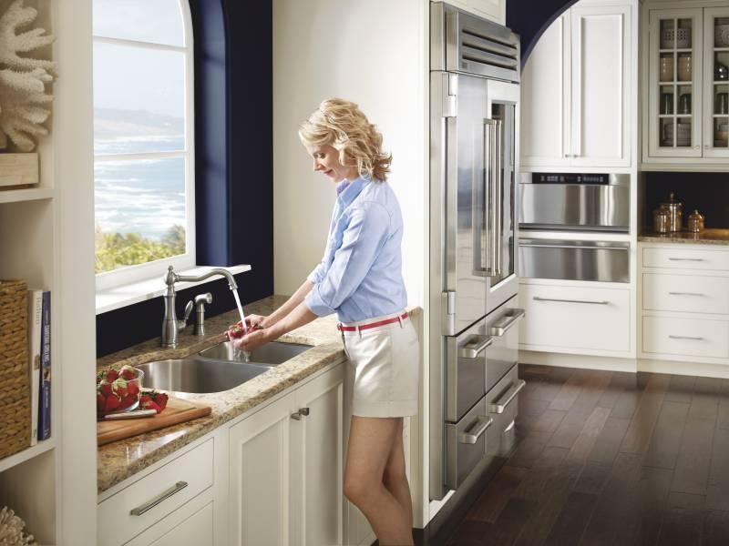 Moen S72101srs Weymouth Single Handle High Arc Kitchen