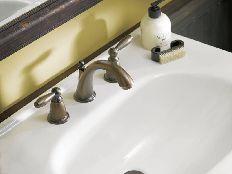 Moen T6620ORB Brantford Two Handle Widespread Lavatory Faucet Oil Rubbed Br