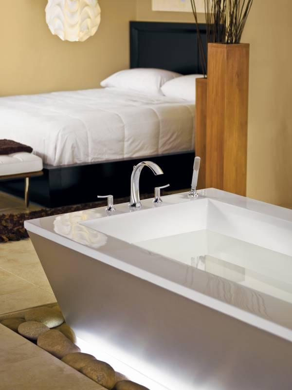 Moen Showhouse Ts21704 Fina Two Handle Roman Tub Faucet