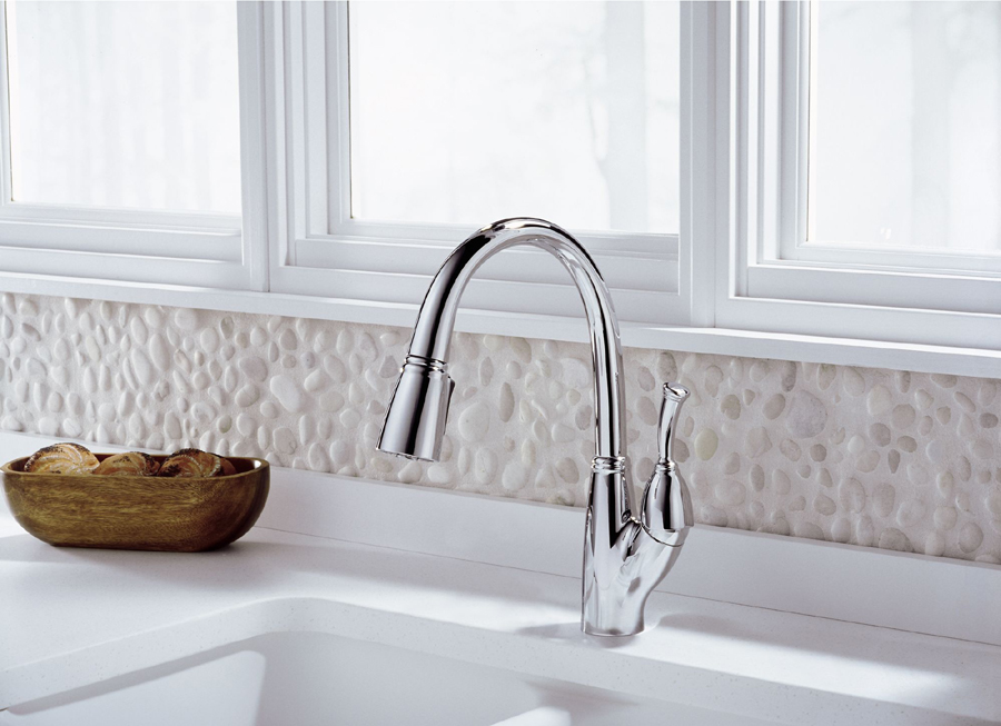 989 Dst Delta Allora Single Handle Pull Down Kitchen Faucet