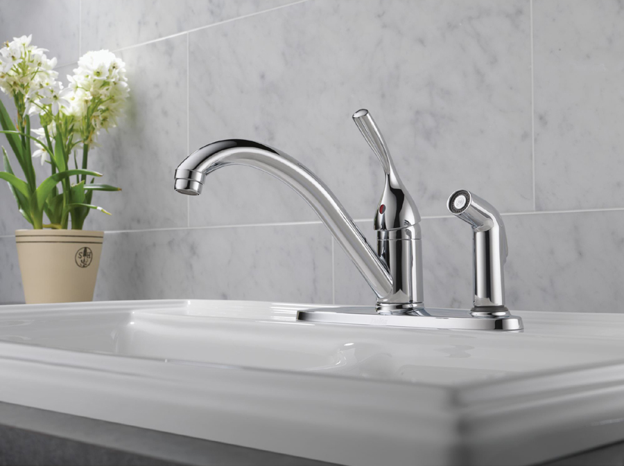 Delta 300-DST  Faucet with Sidespray and Diamond(TM) Seal Technology