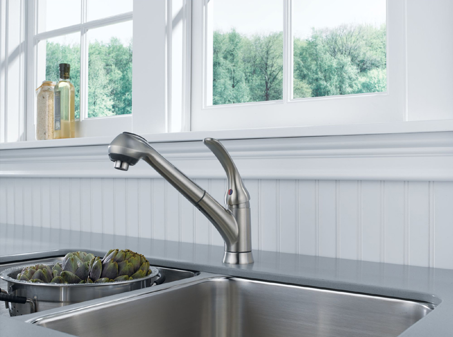 Delta B4310LF-SS Foundations Core-B Single Handle Pull Out Kitchen Faucet
