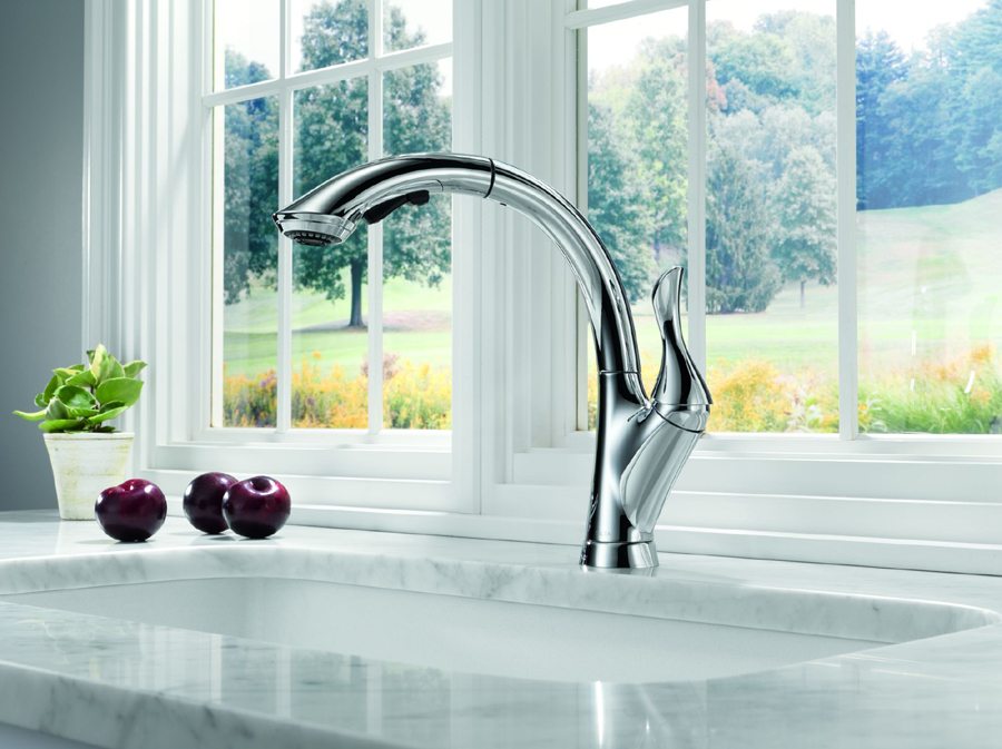 Delta 4153-DST Linden Single Handle Pull-Out Kitchen Faucet