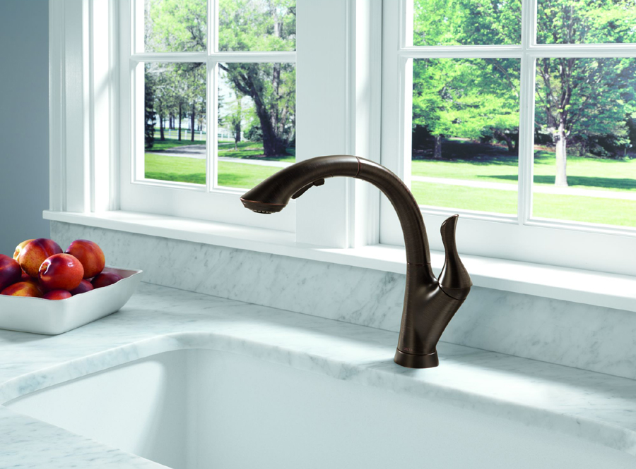 Delta 4153-RB-DST Linden Single Handle Pull-Out Kitchen Faucet