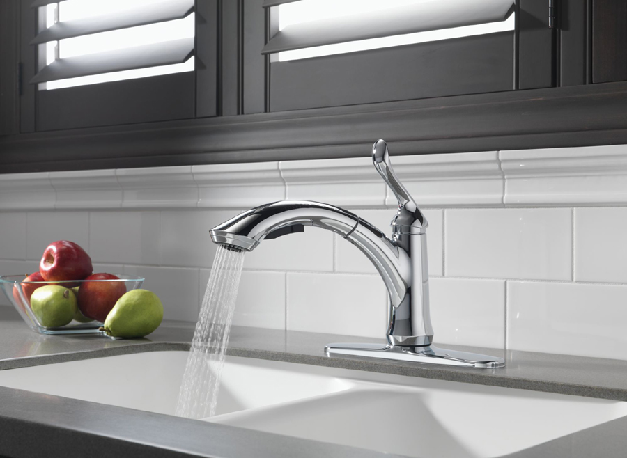 Delta Faucet 4453 Linden Single Handle Kitchen Pull Out Spray Faucet ...