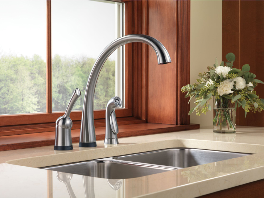 Delta 4380T-AR-DST Pilar Single Handle Kitchen Faucet with Touch2O Technology and Spray