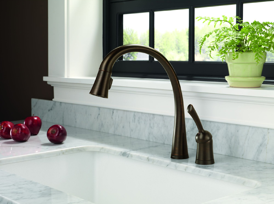 Delta 980T-RB-DST Pilar Single Handle Pull-Down Kitchen Faucet