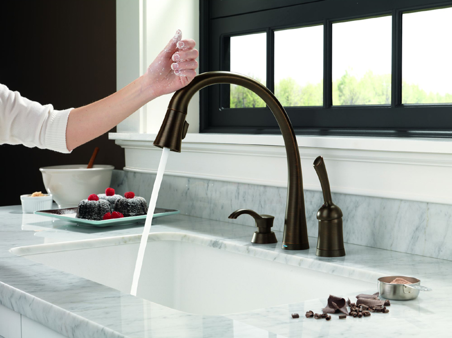 Delta 980T-RBSD-DST Pilar Single Handle Pull-Down Kitchen Faucet