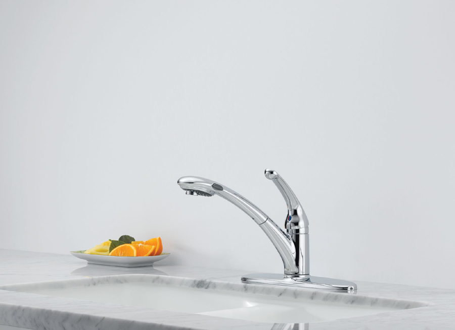 Delta 470-WE-DST Signature Single Handle Pull-Out Kitchen Faucet with DIAMOND Seal Technology