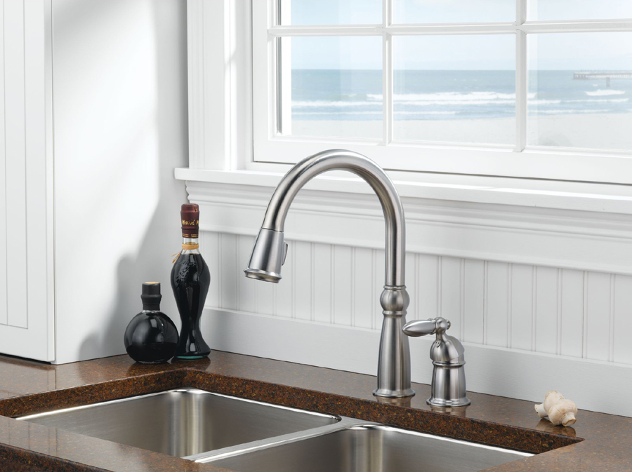 Delta 955-SS-DST Victorian Single Handle Pull-Down Kitchen Faucet with DIAMOND Seal Technology