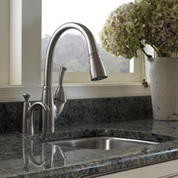 kitchen-pullout-faucets